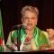 إسداء الفقيدة عائشة باركي عضو سابق بمجلس الأمة وسام من مصف الإستحقاق الوطني بدرجة