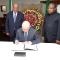 وفاة ويني مانديلا رئيس مجلس الامة يوقع سجل التعازي بسفارة جنوب افريقيا