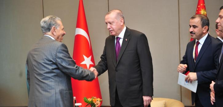 بالصور: الرئيس التركي الطيب رجب أردوغان يستقبل رئيس مجلس الأمة بالنيابة الذي أدى له زيارة مجاملة