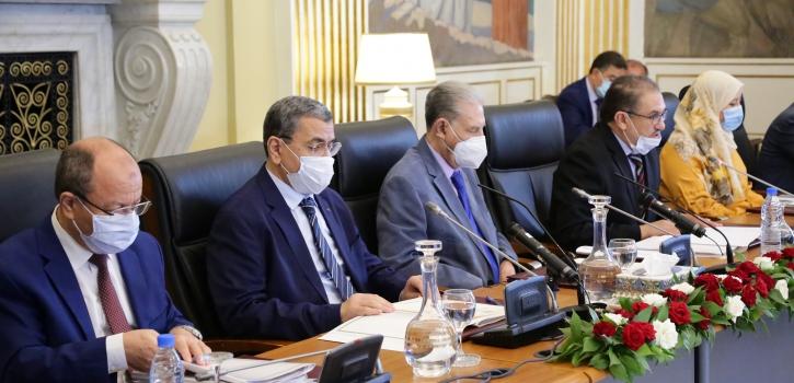 لجنة الشؤون القانونية لمجلس الأمة تستمع إلى عرض قدمه السيد عبد العزيز جراد