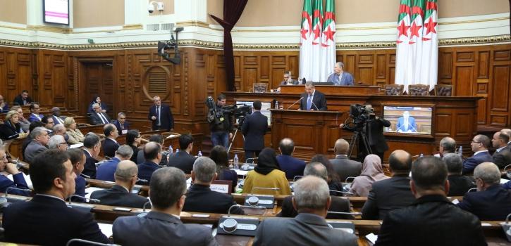 أعضاء مجلس الأمة يناقشون مشروع القانون المتضمن قانون المالية لسنة 2020