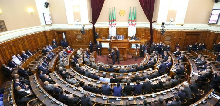 تنصيب الأعضاء الجدد بمجلس الأمة وانتخاب السيد عبد القادر بن صالح رئيسا للمجلس