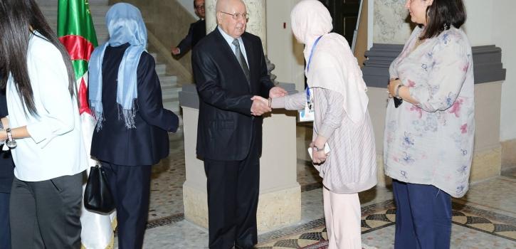 رئيس مجلس الأمة يتبادل التهاني بمناسبة عيد الفطر مع أعضاء، إطارات و موظفي و عمال المجلس