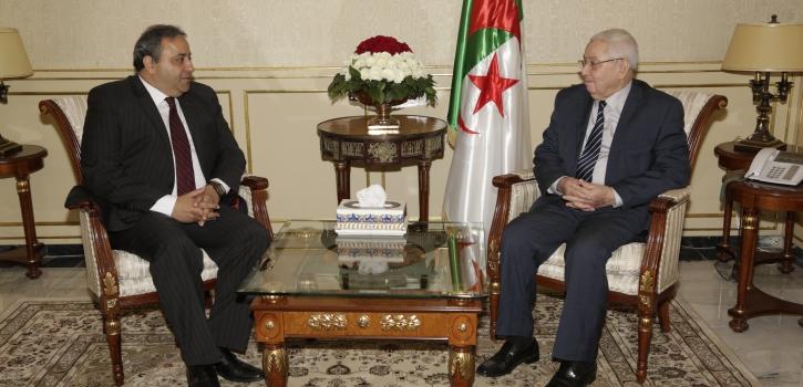 رئيـس مجلــس الأمّـة يستقبـل سفير جمهوريـّة    مصر العربيّة بالجزائر