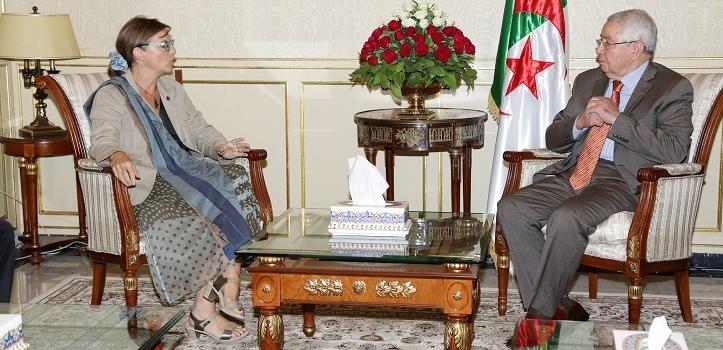 استقـبل السيد عبـد القادر بـن صالـح ، رئيس مجـلس  الأمـة ، اليـوم الثلاثاء 18 جويلية  2017 ، بمقـر المجلس ،   السيدة  Isabelle Roy، سفيرة كندا بالجزائر