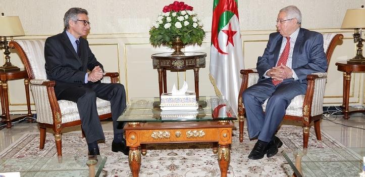 استقـبل السيد عبـد القادر بـن صالـح ، رئيس مجـلس  الأمـة ، اليـوم الاثنين 24 جويلية  2017 ، بمقـر المجلس ،   السيد  Santiago Cahabas  ، سفير إسبانيا الجديد بالجزائر.